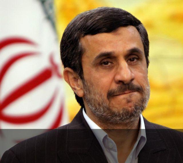 یک نماینده مجلس دهم:احمدی نژاد؛ مهمترین تهدید روحانی؟!