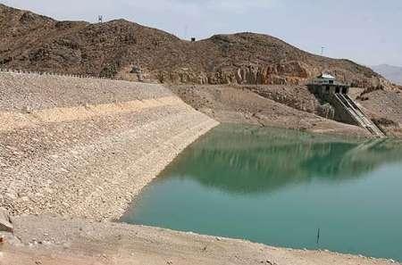 کاهش میزان 90 درصدی روان آب ها بر وضعیت سدهای قم اثر گذاشته است