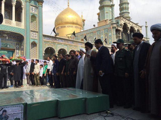 پیکرهای مطهر هفت شهید مدافع حرم در قم تشییع و به خاک سپرده شد