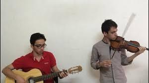 برنامه آموزش و پرورش قم برای تدریس گیتار و ویالون به دانش آموزان قمی