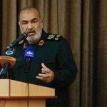 سرلشکر سلامی: آمریکا قدرت و جرأت آغاز جنگ علیه ایران را ندارد/ اعزام ناو به منطقه جنگ روانی است