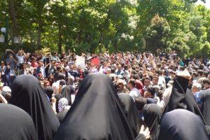 برداشت هایی از اعتراض دانشجویان به قانون حجاب