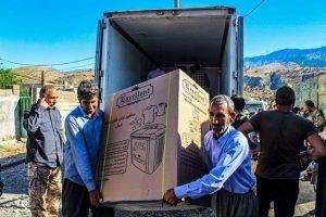 استان قم در جمعآوری کمکهای مردمی به سیلزدگان رتبه سوم کشور را به خود اختصاص داد