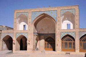 ۶۰ مسجد در قم نیاز به تعمیر و تکمیل دارند