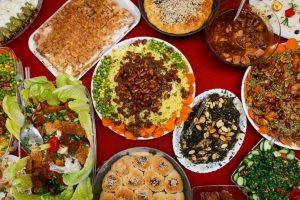 پخت ۲۲ مدل غذا توسط بانوی تلاشگر قمی