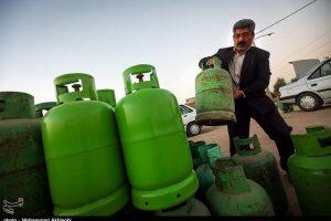 انتقاد از توزیع خارج از شبکه گاز مایع در قم؛ عرضه گاز مایع با چند برابر قیمت
