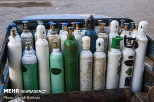 ۸۴ کپسول اکسیژن با کمک خیرین در قم خریداری شد