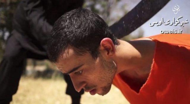 ذبح ۸ نفر جلوی چشم یک کودک/رونمایی داعش از سه جلاد خردسال+ تصاویر