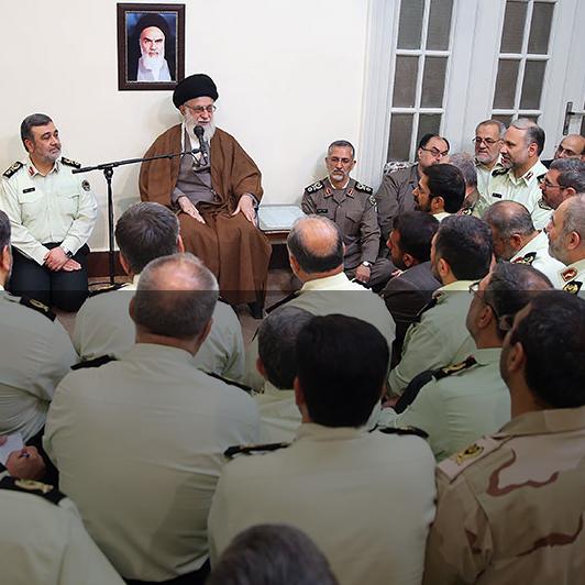 تواناییها و آمادگیهای نیروی انتظامی و عزم و ایمان کارکنان آن باید روز به روز ارتقاء پیدا کند.