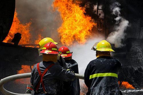 ۸ هکتار از مراتع منطقه کرمجگان قم در آتش بیاحتیاطی گردشگران سوخت