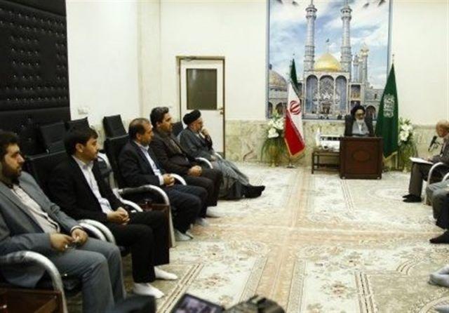 شورای پنجم شهر قم وارد مسائل حاشیهای و سیاسی نشود/ در انتخاب شهردار و رئیس شورا زیر بار سفارشات نروید