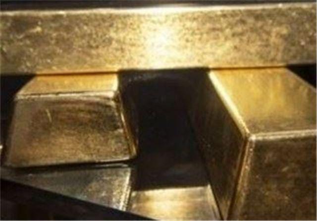 بیش از ۶ کیلوگرم طلای قاچاق در قم کشف شد