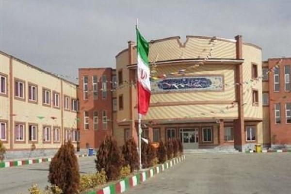 تحصیل ۳۰ هزار دانش آموز اتباع از ۱۰۱ ملیت در استان شهر قم