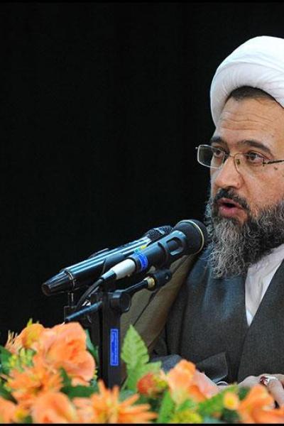 استفاده از حجم حوزه های علمیه در تدوین الگوی اسلامی ایرانی پیشرفت