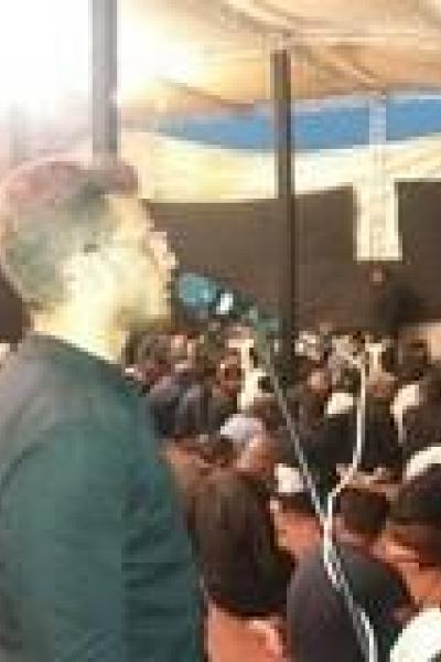 اجرای محافل قرآن مشترک بین ایران و عراق در عمود ۱۰۸۰