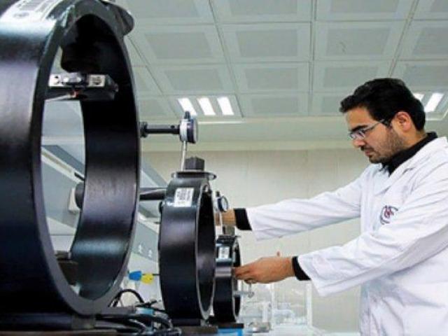 کارگاه آشنایی با تکنیک های غرفه داری و فروش در دانشگاه سمنان برگزار گردید