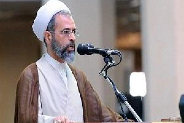۴۰ سال هست که در تحریم هستیم/ایران با اتحاد در مقابل آمریکا ایستادگی می کند