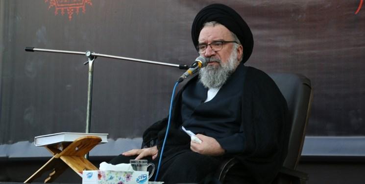 سردار سلیمانی خاورمیانه جدید را با محور مقاومت تشکیل داد/ مسؤولان صبر و ایستادگی را از رهبری بیاموزند