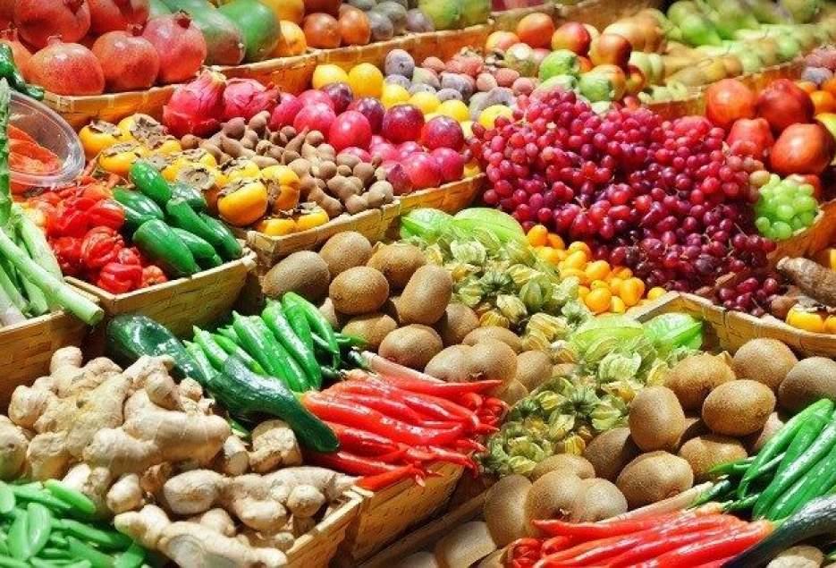 شهرکریمه – مراکز عرضه میوه و مایحتاج عمومی درقم توسعه مییابد